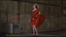 The Woman in Red Fragman