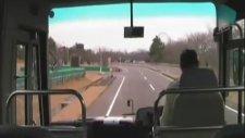 Otobüste Deprem Anı