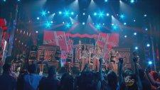 Ariana Grande & Iggy Azalea Feat. Charli Xcx - Fancy + Problem