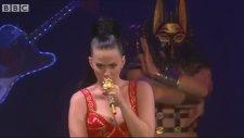 Katy Perry - Dark Horse (Canlı Performans)