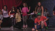 Violetta: Momento Musical - Dile Que Sí - Ensayo Final Para El Show