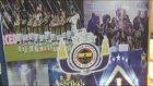 Fanatik çeşme, son şampiyon Fenerbahçe'nin renklerine boyandı