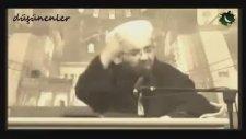 Mahmud'un Yüzüne Baktığı Adam Sahabe Gibi Oluyormuş!!