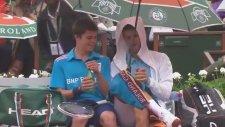 Roland Garros - Novak Djokovic'in Ball Boy ile Molası