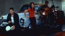 Gloria Estefan - I'm Not Gıvıng You Up