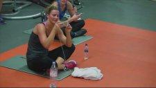 Spor Salonunda Şaşkına Çeviren Hareketler