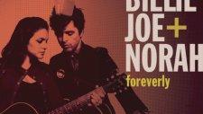 Billie Joe Armstrong & Norah Jones - Long Time Gone