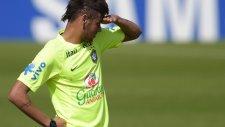Neymar'a sevgili desteği! İdmana geldi...