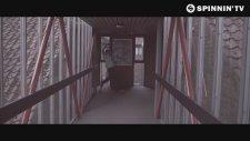Danny Howard & Futuristic Polar Bears - Vargo