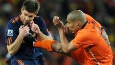 Futbol tarihinin sert adamları! Nigel de Jong