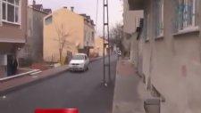 Arnavutköy'de Cinnet Geçiren Kadın Eşini Keserle Öldürdü