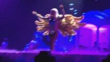 Lady Gaga - Artpop -  ( Artrave The Artpop Ball Tour Performans)