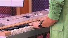 Violetta - Momento Musical: Vilu Y Federico Cantan ¨en Mi Mundo¨