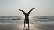 Beach Yoga Handstand Press With Kino İn Goa