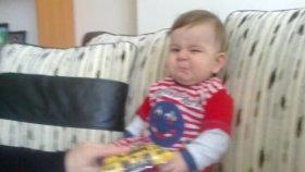 İçten İçe Ağlayan Bebek :)