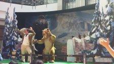 Ice Age Tiyatro Gösterisi