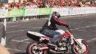 İnsanlık Dışı Motosiklet Gösterisi