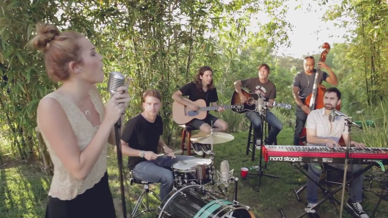 Miley Cyrus Backyard Sessions | Design Builders