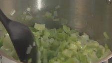 Sebzeli Pırasalı Kavurma Nasıl Yapılır?