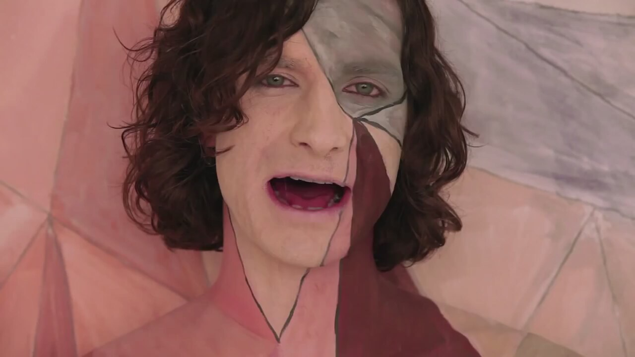 https://i1.imgiz.com/rshots/7555/gotye-somebody-that-i-used-to-know-feat-kimbra-official-video_7555129-33750_1280x720.jpg