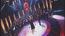 Emine Ata-Şeyhmus Esenkuş-Ağrı Dağın Eteğin De Şef Ömer Hayrı Uzun Radyo Sanatçıları Konseri