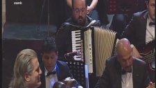 Selma Geçer-İmran Koç-Yalgızam Yalgız-Şef:ömer Hayri Uzun Radyo Sanatçıları Konseri