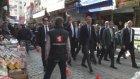 Kültür ve Turizm Bakanı Ömer Çelik memleketi Adana'da esnafı ziyaret ediyor