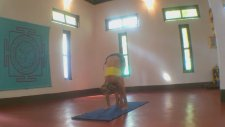 Yoga Handstand Eagle Legs Variation With Kino İn Goa