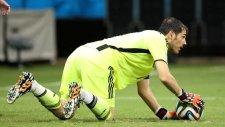 Casillas penaltı kullanmaya çalıştı ama...