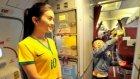 Yolcuları şaşırtan görüntü! Brezilya formalı hostes...