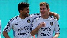 Messi ve Aguero'nun şovu herkesi mest etti