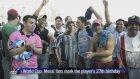 Messi'nin Doğum Gününü Sokaklarda Kutladılar