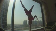 Yoga Dubai One Arm Handstand