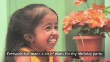 Dünyanın En Küçük Kadını