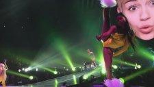 Sms (Bangerz) - Miley Cyrus - Bangerz Tour Vancouver