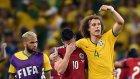 David Luiz, James'i Böyle Alkışlattı.