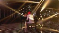 Little Mix - Little Me - Live The Xtra Factor Uk 2013 Hd