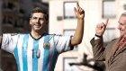 Messi Heykelinin Parmağını Kırdılar!