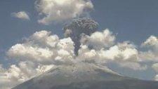 Volkan'ın İlk Patlama Anı - Meksika Popocatepetl Yanardağı