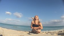 Beach Yoga Eka Pada Sirsasana With Kino İn Miami