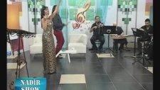 Oya Aksoy - Gezdiğim Dikenli Aşk Yollarında - Rumeli Tv  (Nadir Show)
