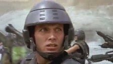Starship Troopers (Fragman)