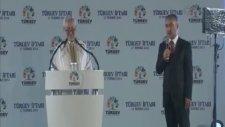 Başbakan Erdoğan, Şiir Okudu