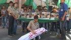 Lübnan'da Kızılhaç Merkezi Önünde Gazze'ye Destek Gösterisi - Trablus