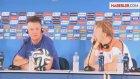 Van Gaal, Sneijder'in Kalacağını Duyunca Çıldırdı