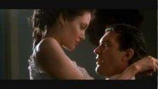 Angelina Jolie Efsane Film Efsane Sevişme Sahnesi
