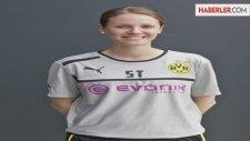 Borussia Dortmund'un Kadın Fizyoterapisti, Klopp'u Mest Etti