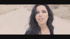 Burcu Güneş - Aşkın Beni Baştan Yazar (Official Video)