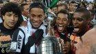 Ronaldinho'dan kupa selfie'si!