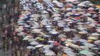 Amasra'da plajlarda şemsiye açacak yer kalmadı - BARTIN